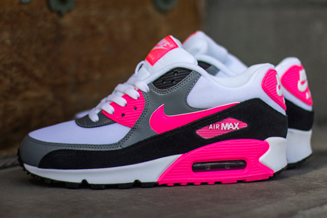 Nike-Air-Max-90-Cool-Grey-Black-Hyper-Pink