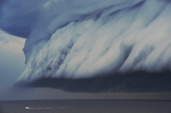 Núvol-Tsunami